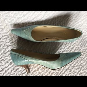 Talbots Pointy Faux Reptile Pointy Toe Heels 8 M
